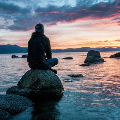 trader-meditating